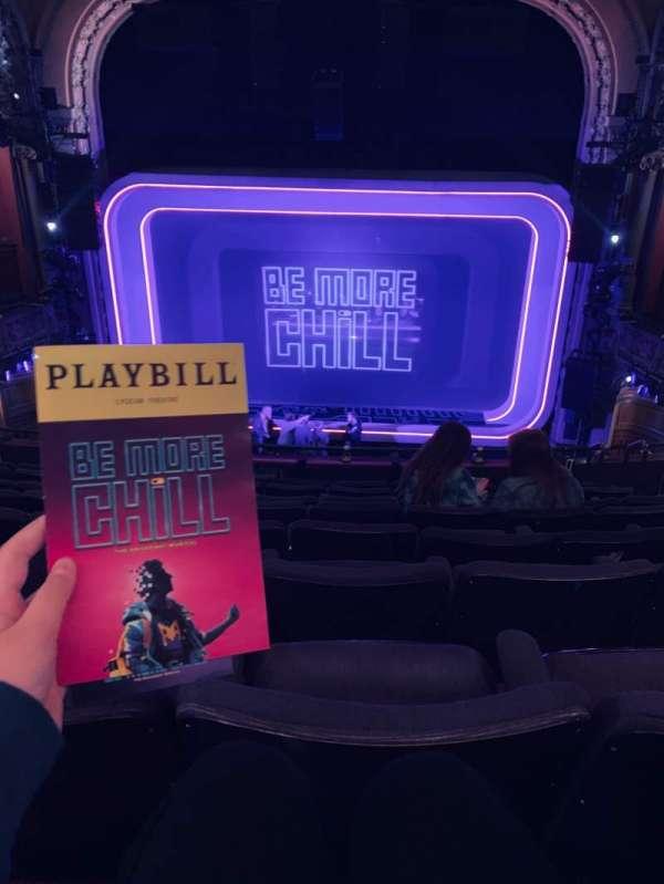 Lyceum Theatre (Broadway), secção: Mezzanine C, fila: H, lugar: 104