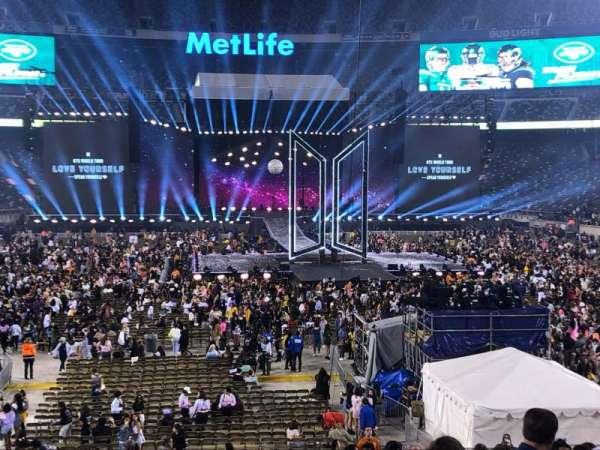 MetLife Stadium, secção: 128, fila: 26, lugar: 8
