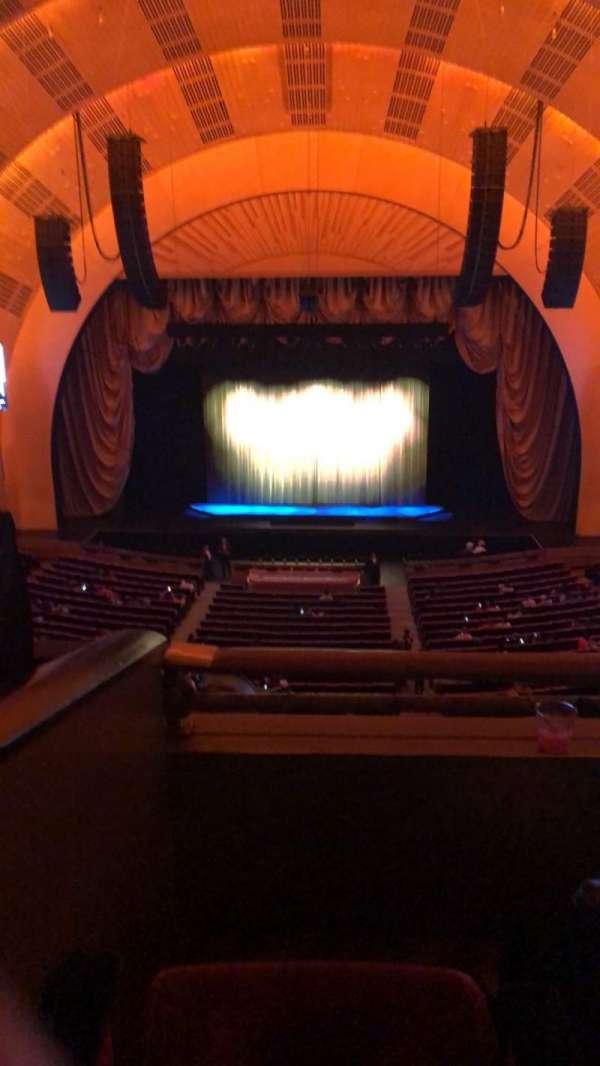 Radio City Music Hall, secção: 2ND Mezzanine 4, fila: B, lugar: 403