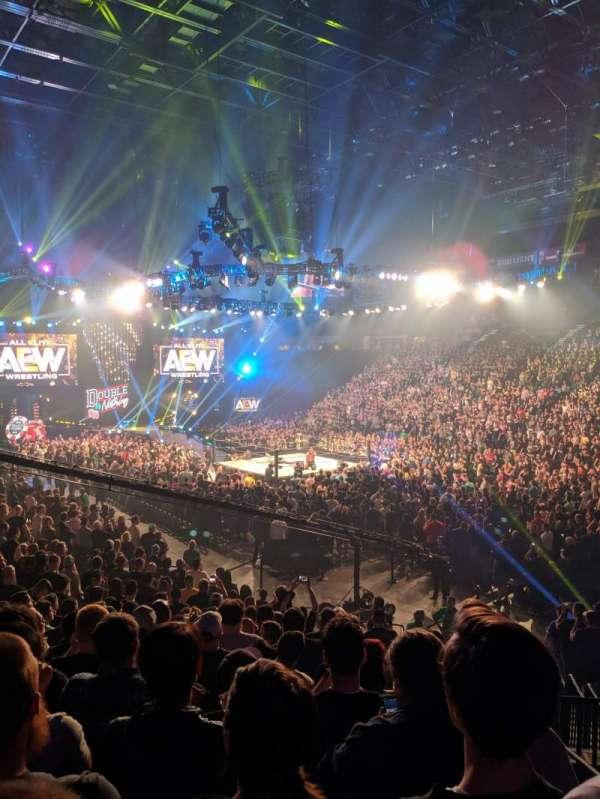 T-Mobile Arena, secção: 7, fila: S, lugar: 2