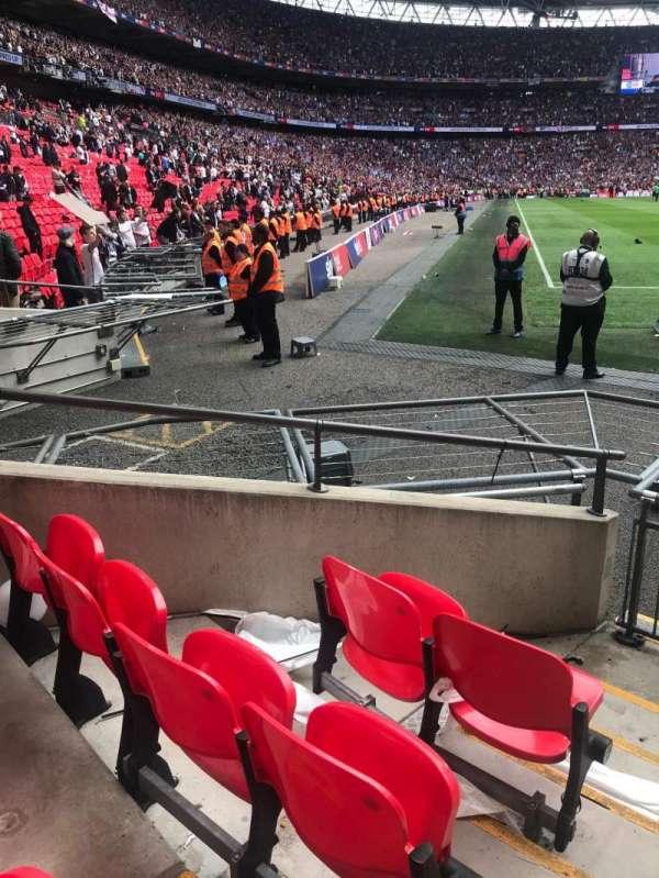 Wembley Stadium, secção: 115, fila: 3, lugar: 120-123