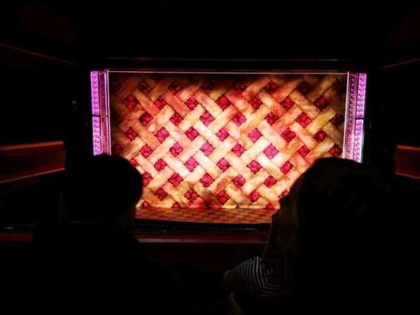 Adelphi Theatre, secção: Dress Circle, fila: C, lugar: 20
