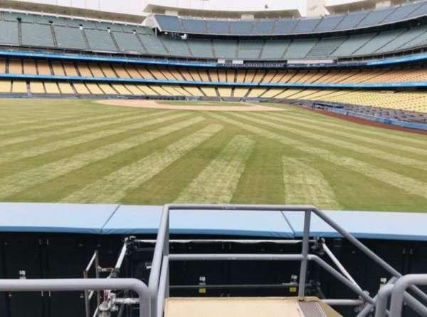 Dodger Stadium, secção: 305PL, fila: C, lugar: 1