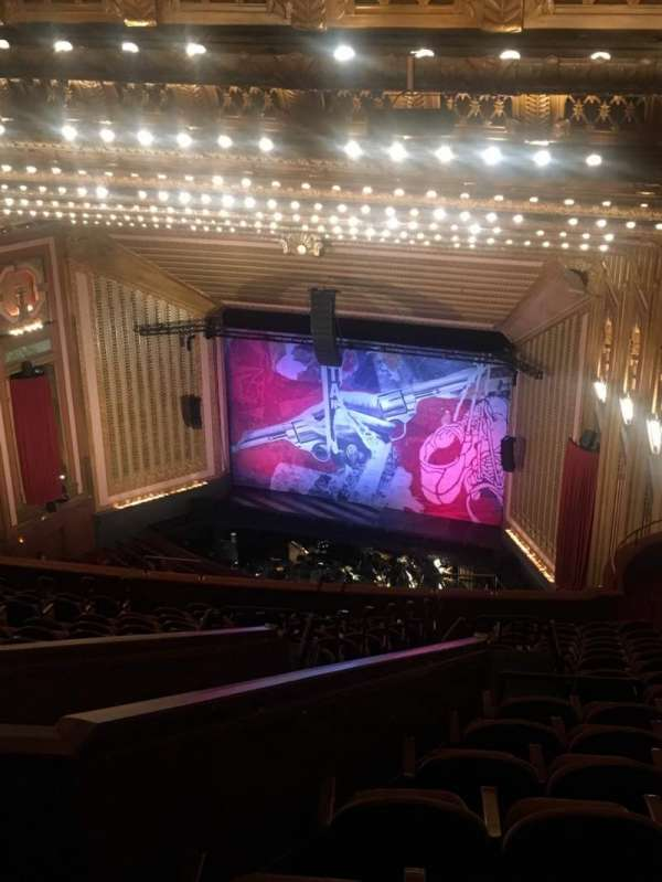 Lyric Opera House, secção: Upper Balcony, fila: Q, lugar: 47