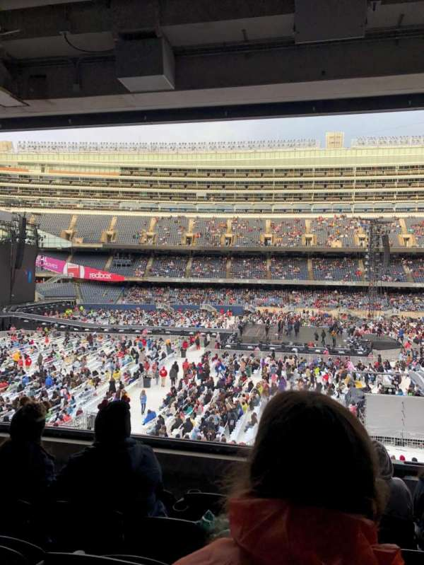 Soldier Field, secção: 239, fila: 5, lugar: 11