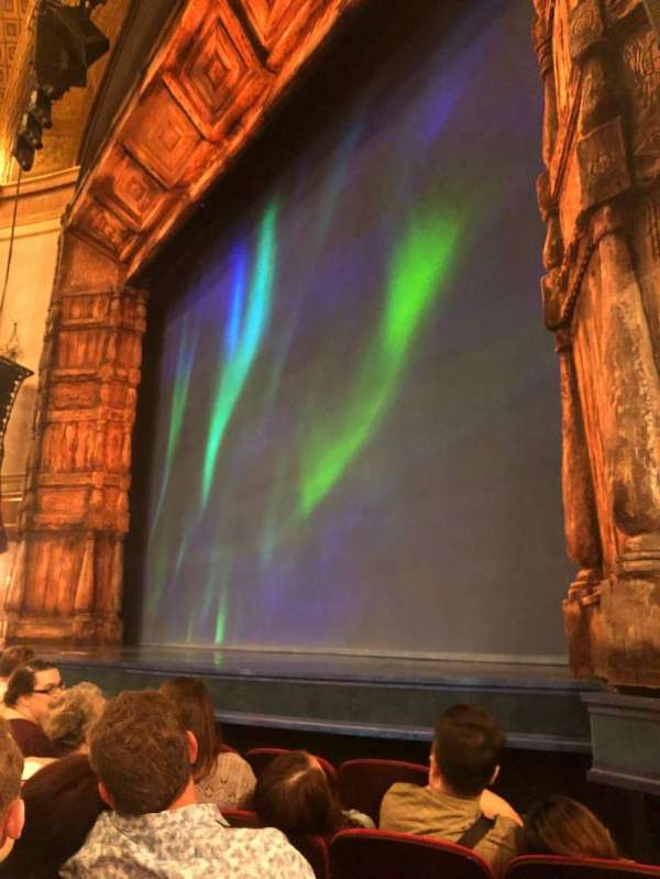 St. James Theatre, secção: Orchestra R, fila: D, lugar: 16