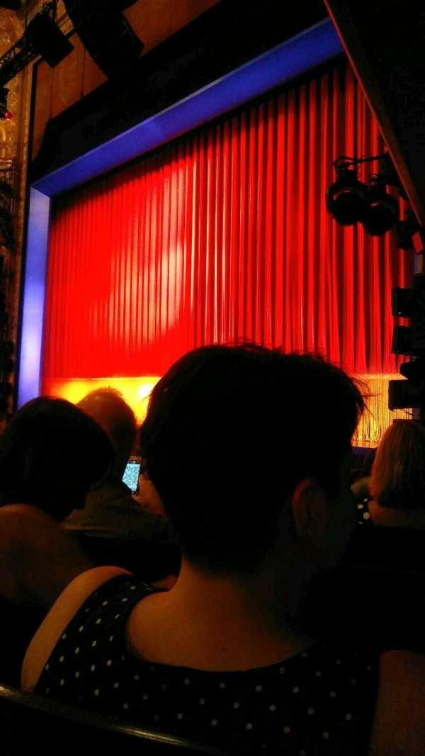 Longacre Theatre, secção: Orchestra R, fila: J, lugar: 15