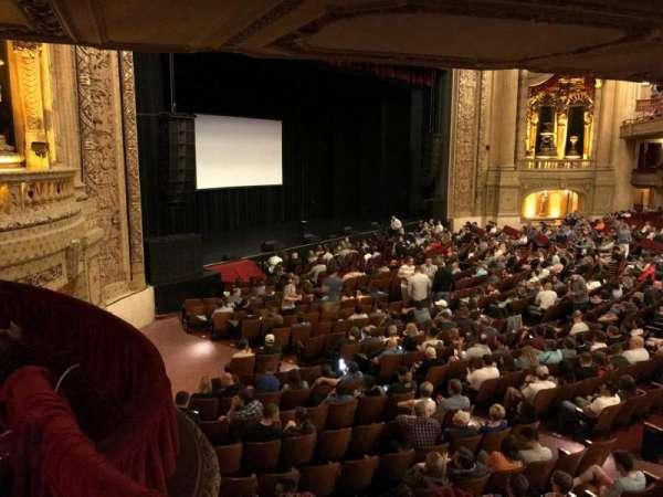 Chicago Theatre, secção: Mezzanine Box X, fila: 1, lugar: 1 and 2
