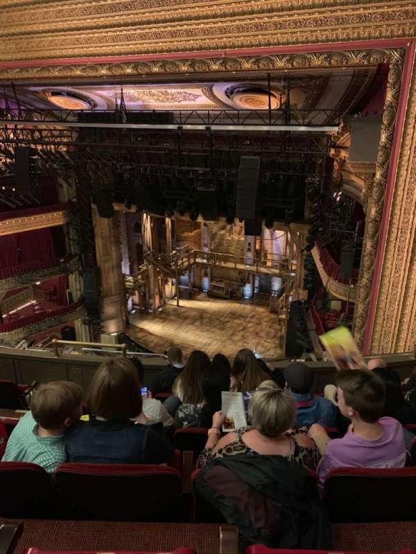 CIBC Theatre, secção: Balcony R, fila: F, lugar: 12