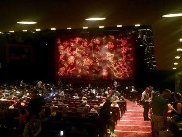 Minskoff Theatre, secção: Orchestra R, fila: ZZ, lugar: 4
