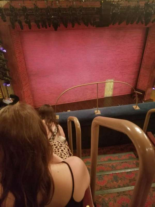 Shubert Theatre, secção: Balcony L, fila: C, lugar: 1