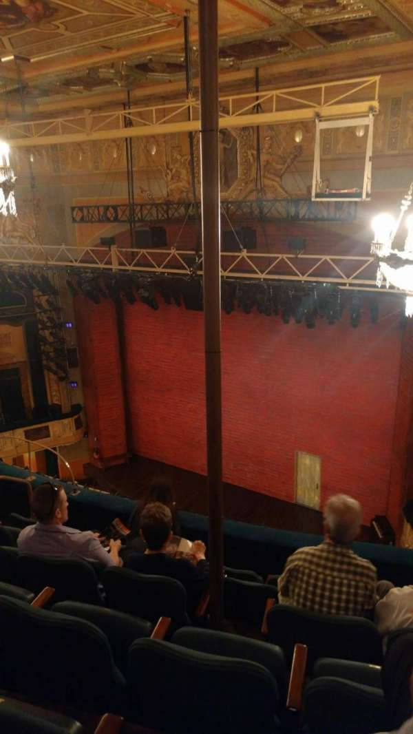Shubert Theatre, secção: Balcony R, fila: F, lugar: 18