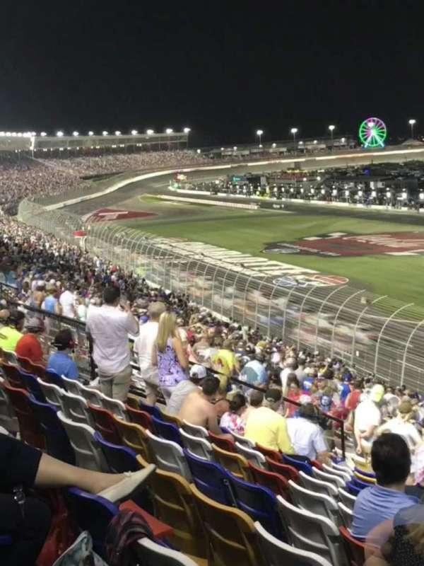 Charlotte Motor Speedway, secção: New Veranda, fila: 37, lugar: 6