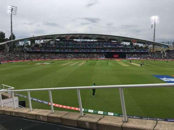 Kia Oval, secção: Bedser Stand Upper, fila: H, lugar: 9