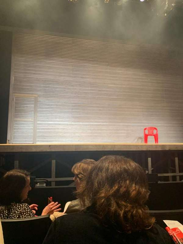 Loeb Drama Center, secção: Orchestra C, fila: GG, lugar: 18