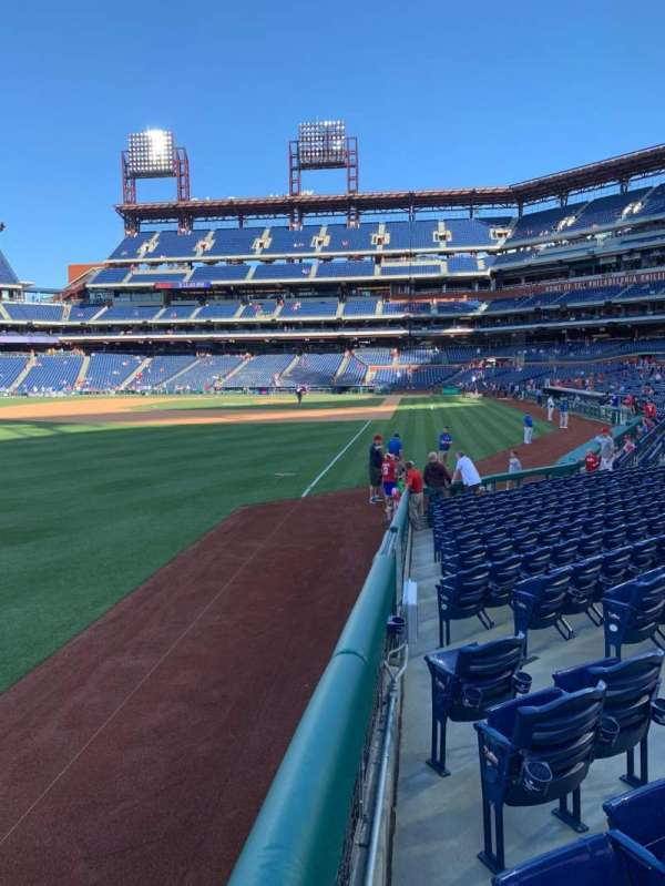 Citizens Bank Park, secção: 139, fila: 15, lugar: 7