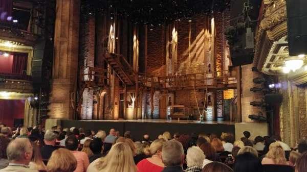 CIBC Theatre, secção: Orchestra R, fila: N, lugar: 20
