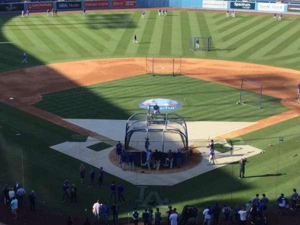 Dodger Stadium, secção: 1RS, fila: E, lugar: 7