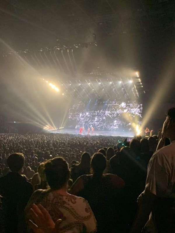 The O2 Arena, secção: 110, fila: H, lugar: 290