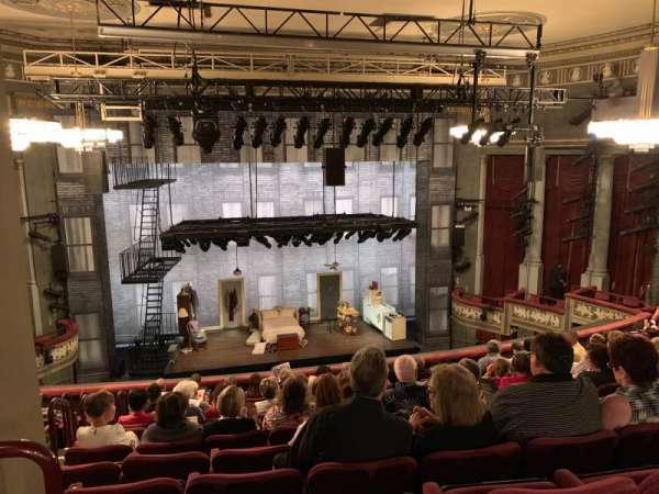 Broadhurst Theatre, secção: Mezzanine C, fila: L, lugar: 101