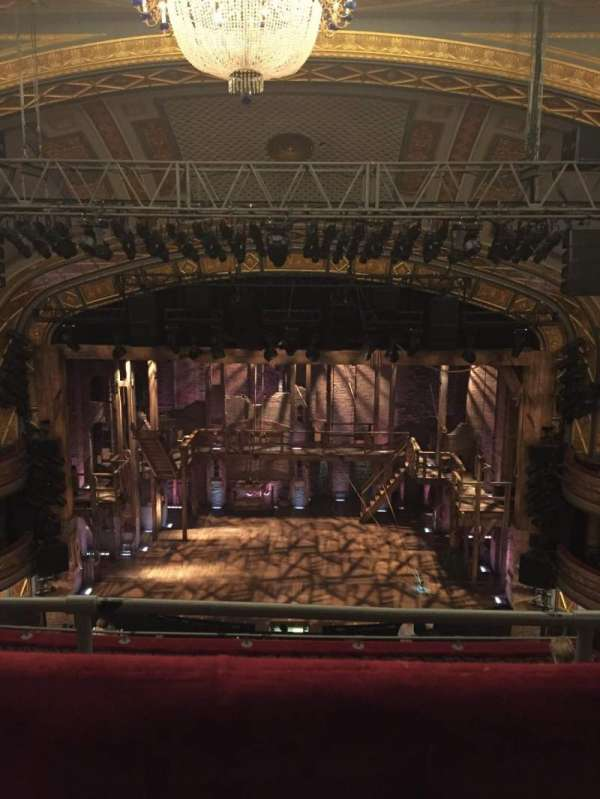 Richard Rodgers Theatre, secção: Rear Mezzanine C, fila: G, lugar: 105