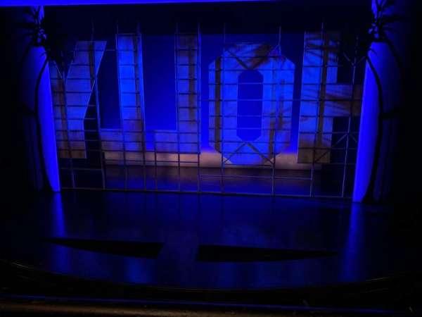 Nederlander Theatre, secção: Mezzanine C, fila: A, lugar: 105