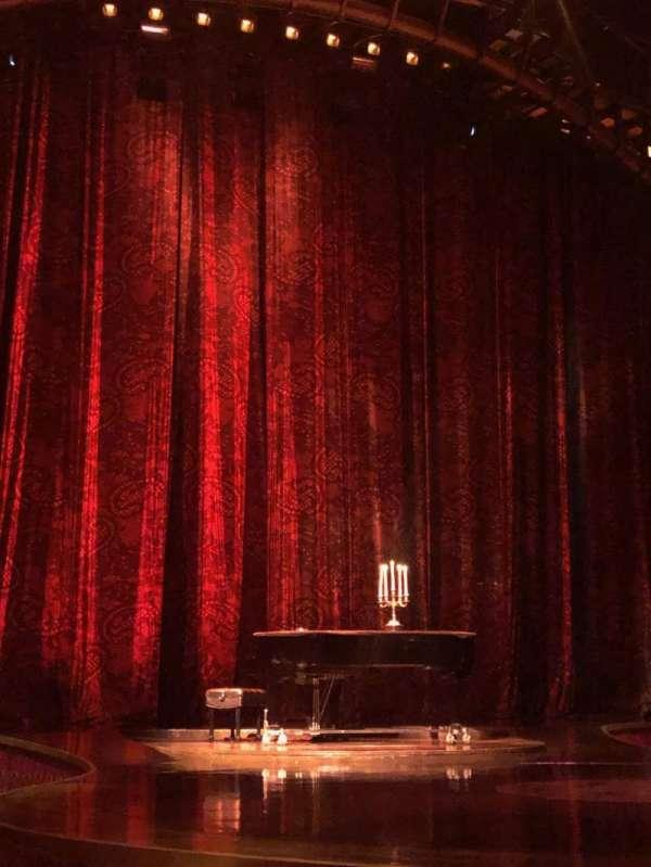 Zumanity Theatre, secção: 102, fila: C, lugar: 10