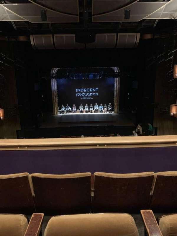 Ahmanson Theatre, secção: Mezz, fila: C, lugar: 25