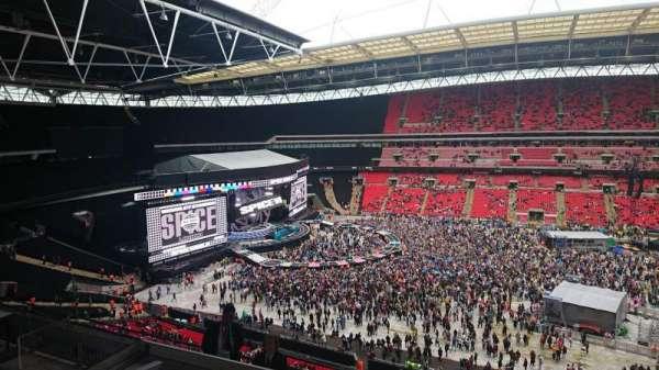Wembley stadium , secção: 527, fila: 8, lugar: 3