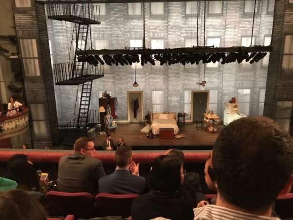 Broadhurst Theatre, secção: Mezzanine Center, fila: D, lugar: 107