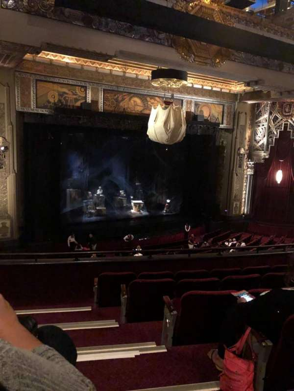 Hollywood Pantages Theatre, secção: Mezzanine Left, fila: F, lugar: 1