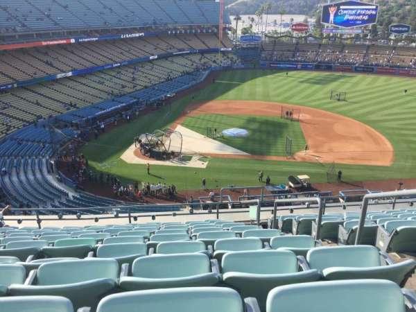 Dodger Stadium, secção: 10RS, fila: K, lugar: 20