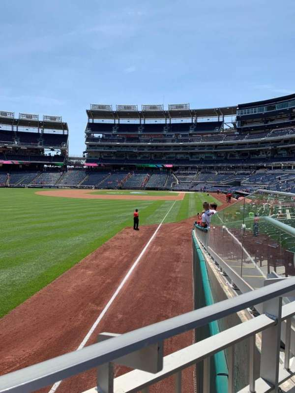 Nationals Park, secção: 107, fila: X, lugar: 3