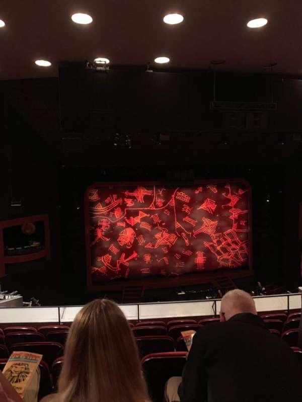 Minskoff Theatre, secção: Mezzanine, fila: F, lugar: 110