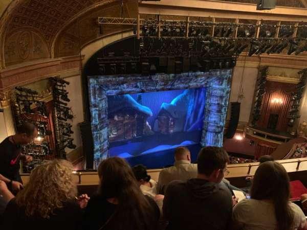 St. James Theatre, secção: Balcony L, fila: D, lugar: 19