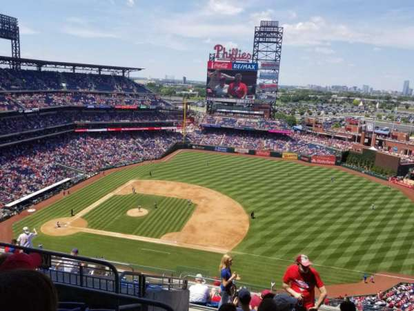 Citizens Bank Park, secção: 413, fila: 13, lugar: 21