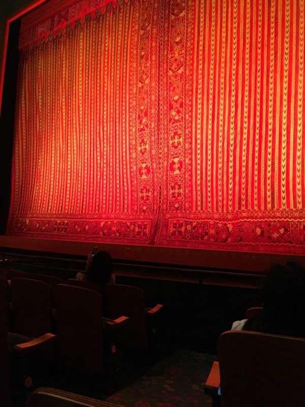 New Amsterdam Theatre, secção: Orchestra R, fila: E, lugar: 4