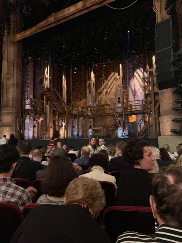 CIBC Theatre, secção: Orchestra r, fila: L, lugar: 12