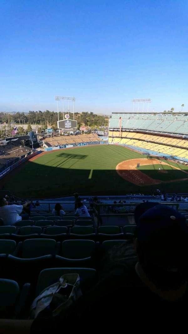 Dodger Stadium, secção: 33RS, fila: hh, lugar: 15