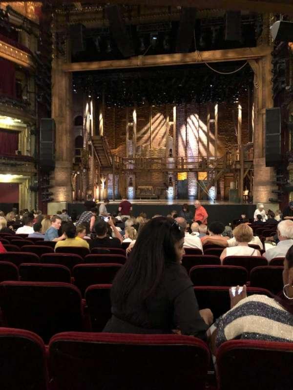 CIBC Theatre, secção: Orchestra R, fila: V, lugar: 113