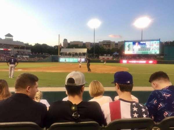 Dr Pepper Ballpark, secção: 121, fila: 4, lugar: 11