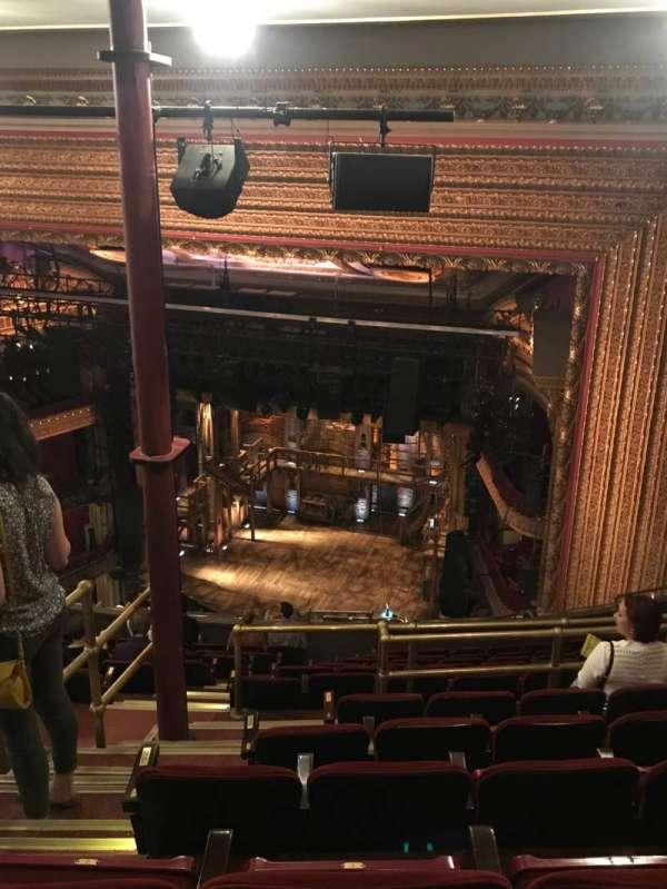CIBC Theatre, secção: Balcony R, fila: N, lugar: 2