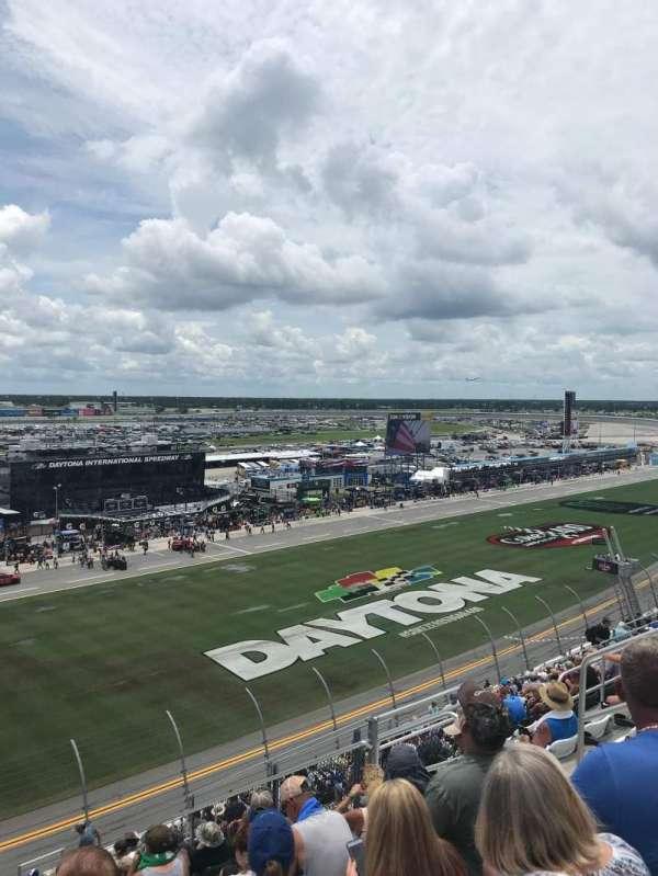 Daytona International Speedway, secção: 345, fila: 20, lugar: 11-12