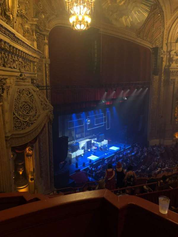 Chicago Theatre, secção: Balcony Box 3, fila: A, lugar: 25