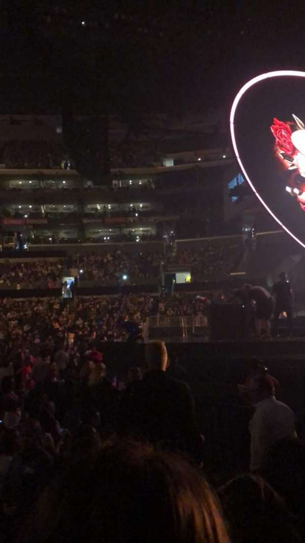 Staples Center, secção: 118, fila: 5, lugar: 3