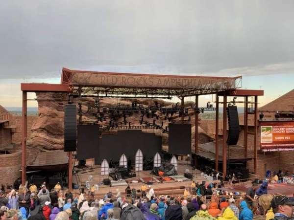 Red Rocks Amphitheatre, secção: Middle, fila: 24, lugar: 93