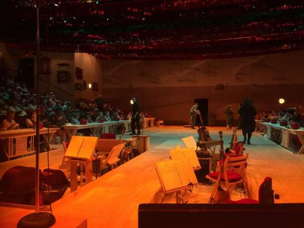 Circle in the Square Theatre, secção: Orchestra 100 (Even), fila: B, lugar: 102
