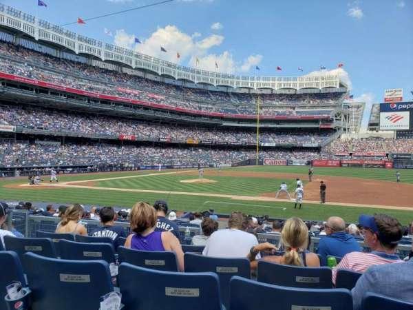Yankee Stadium, secção: 115, fila: 5, lugar: 6