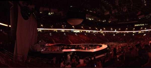 Rogers Arena, secção: 120, fila: 15, lugar: 9