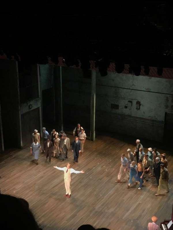 Shubert Theatre, secção: Balcony R, fila: D, lugar: 18